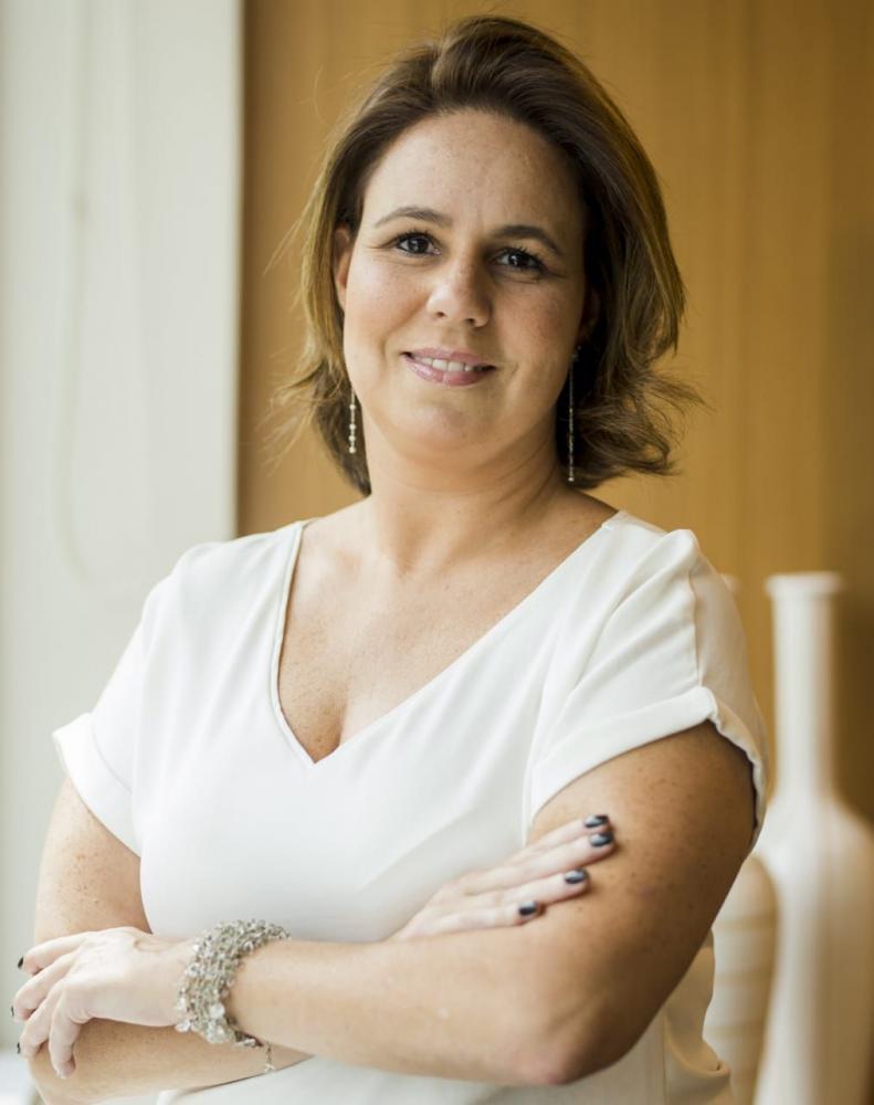 Diana Serpe é advogada e palestrante especializada em direito da saúde e educação na defesa de pessoas com deficiência e doenças raras.
