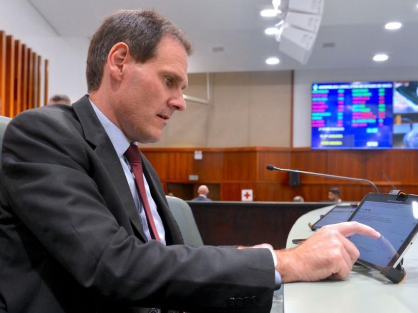 Lissauer Vieira - Sistema de votação remota