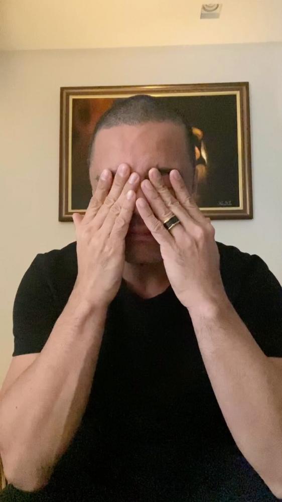 """""""Quero pedir perdão a todos vocês, pedir perdão à igreja do Brasil e à igreja de Goiânia. Vim também para pedir perdão à minha família, meus filhos que estão vendo a internet tomada pelo meu nome com uma acusação muito séria""""."""