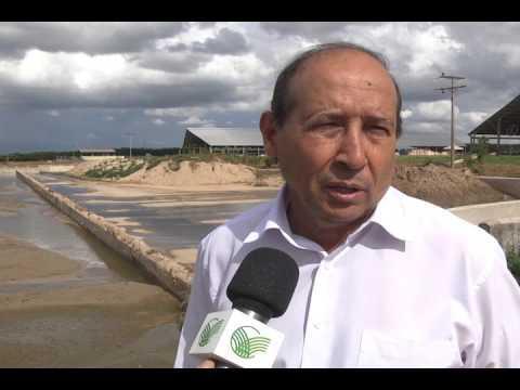 Fazenda em Goiás é a primeira do Brasil a ter uma usina flutuante